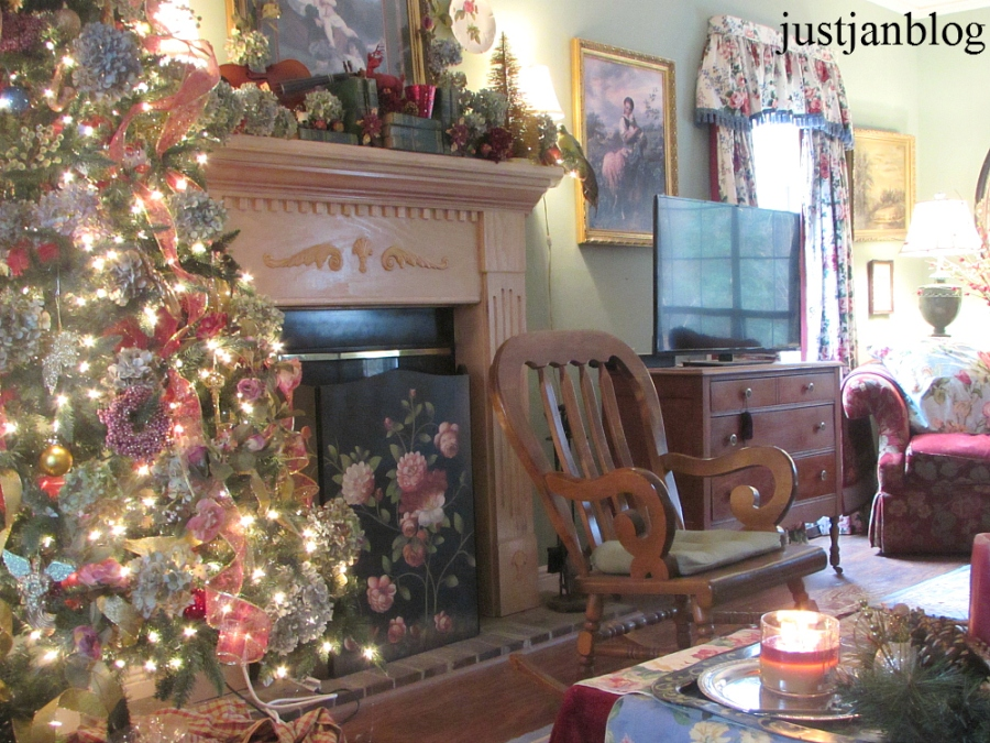 the living room christmas 2014 living room 2014 justjanblog 23297