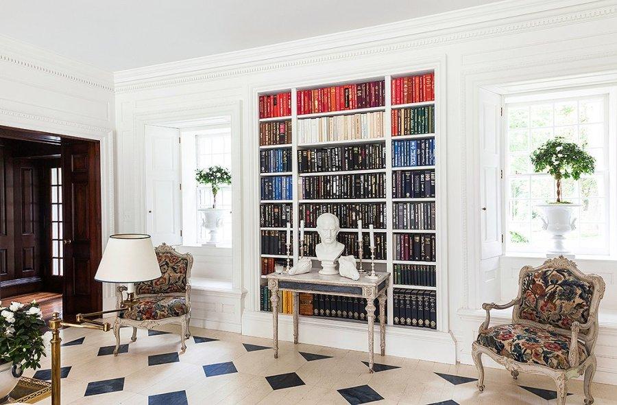 Carolyne's bookcase