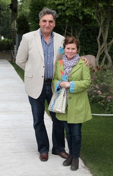 Mr. Carson and his real life wife Imelda Staunton (Professor Umbridge)