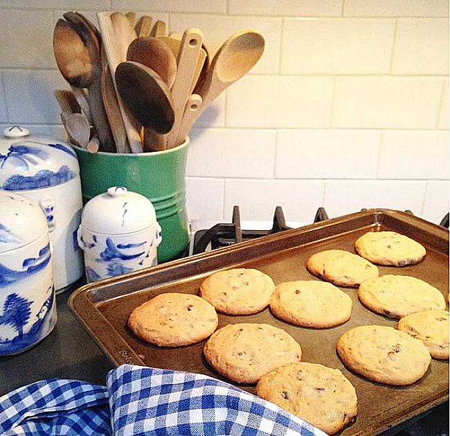 Jessika Goranson Lewand kitchen baked cookies