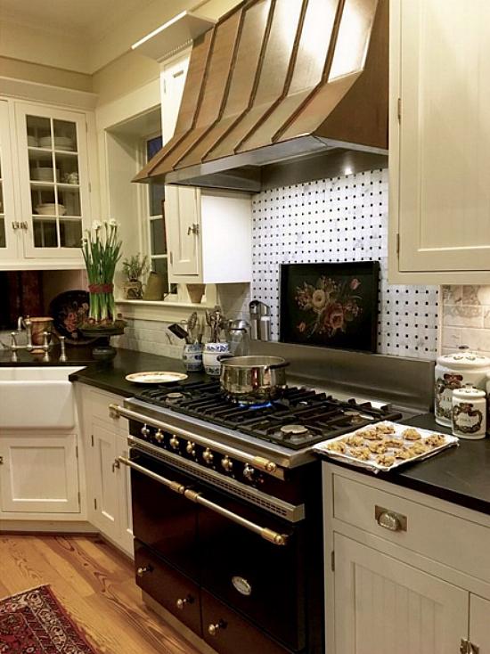 Karen Keysar White Kitchen