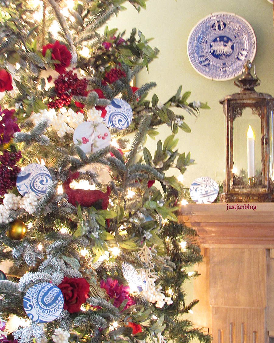 blue and white spode plates with ornaments of the same color on the tree i love using blue at christmas it keeps things from going too warm for me - Office Supply Christmas Decorations